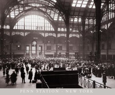 Penn Station-New York poster print by  Unknown