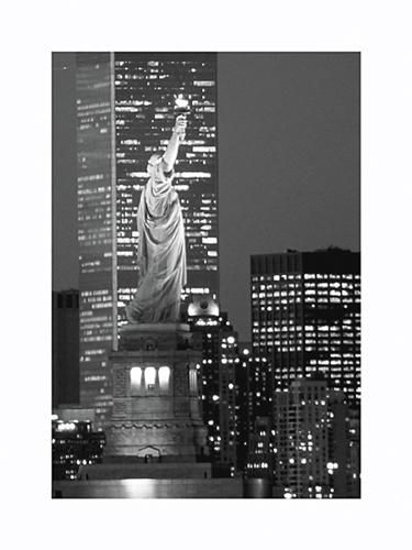 New York Bandw poster print by  Unknown